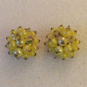 Vintage beads clip on earring